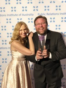 VIVA! Principal, Kirsten with Shane Jacobson holding trophy